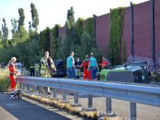 Ernstig ongeval: bestuurder (56) van veegwagen overlijdt na aanrijding met bestelbusje in Amersfoort