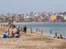 Drama in hotel Mallorca: Nederlander (20) levensgevaarlijk gewond na val van balkon