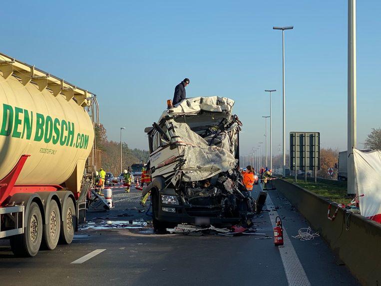 De 55-jarige trucker uit Retie overleefde de klap niet.