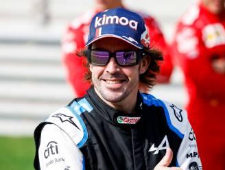 """Alonso wurmt zich op z'n 39ste weer in F1-bolide: """"Iedereen met wie ik samen reed, is nu een vriend"""""""