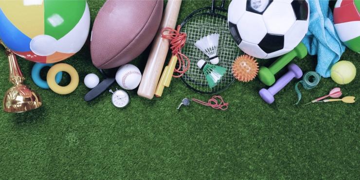 Dankzij de kampen kunnen jongeren met een beperking kennis maken met verschillende sporten.