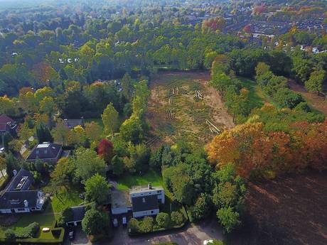 Achtertuin van riante villa Pieter van den Hoogenband in Brabant verwoest