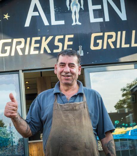 Alian gaat vrijuit nadat politie zijn grillroom in Wezep binnenvalt op zoek naar wapens