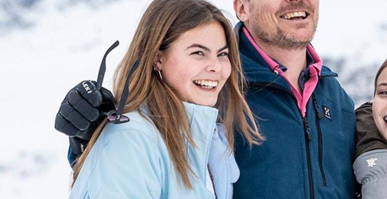 Eloise van Oranje (18) schrijft lifestylegids: 'Ik ben zó trots!