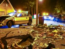 Zware crash op Enschedesestraat in Losser zorgt voor enorme ravage