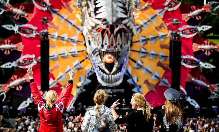 Bezoekers vorig jaar tijdens de jubileumeditie van Mysteryland. Beeld ANP
