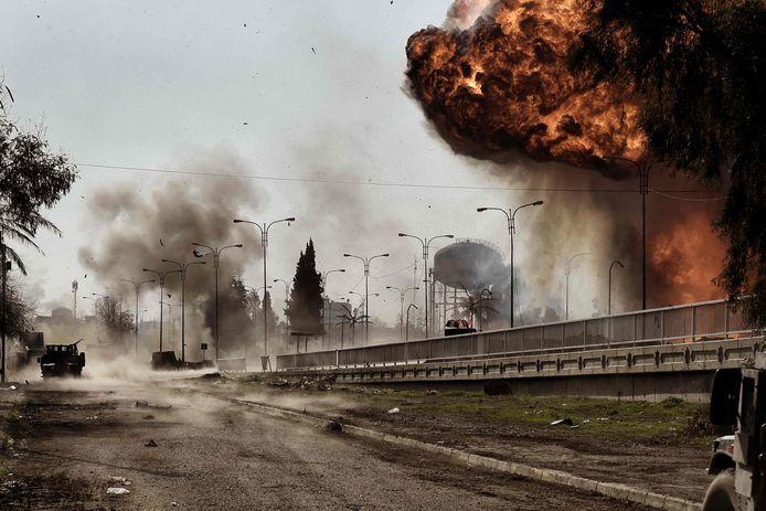 De herovering van de Iraakse stad Mosul op Islamitische Staat in 2017 duurde weken. De extremisten boden hevige weerstand.  Foto ARIS MESSINIS / AFP