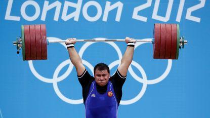 Vijf Russische gewichtheffers geschorst wegens dopingvermoedens