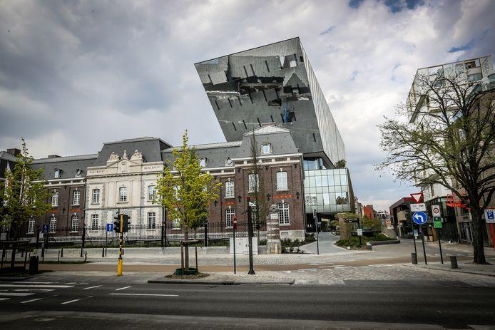 De stad Hasselt zal dit jaar vooral streng toekijken op sluikstort naast glas- en kledingcontainers.