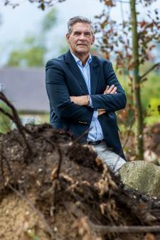 Na de valwind in Leersum schoot burgemeester Naafs direct in crisisstand: 'Het helpt niet als ik ga janken'