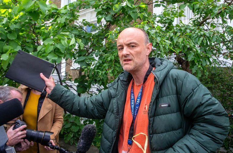 Johnsons raadgever Dominic Cummings brak zelf de lockdownregels door besmet en wel met zijn gezin naar zijn ouders in Noord-Engeland te gaan. Beeld Photo News