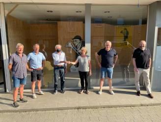 """Peer Stoet maakt werk van verhuis naar Molenstraat: """"Tegen einde van het jaar verhuizen we kleine tienduizend kostuums"""""""