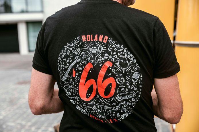 De mensen van de vzw Jazz Bilzen Bierbrouwers zullen te herkennen zijn aan hun T-shirts.