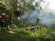 Kleine bosbrand bij Waalwijk, politie sluit brandstichting niet uit