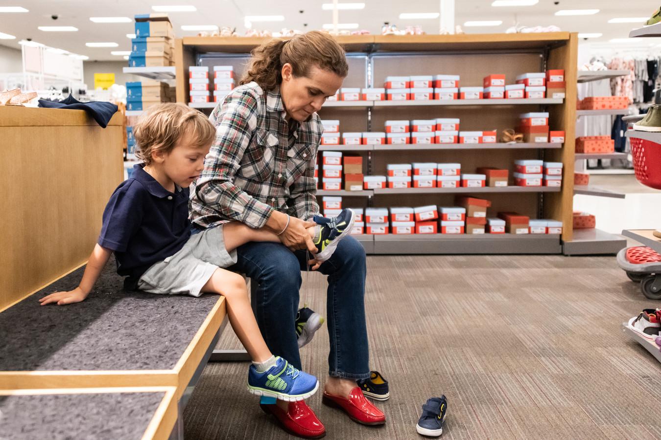 Kinderschoenen kopen.