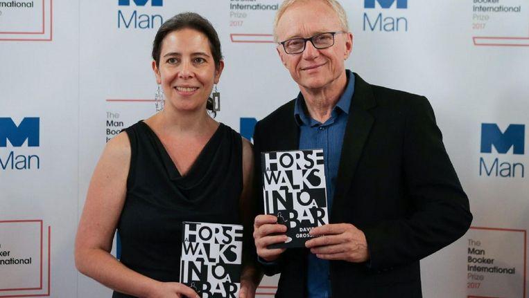 Schrijver David Grossmann met Jessica Cohen, de Engelse vertaler van zijn prijswinnende boek. Beeld afp