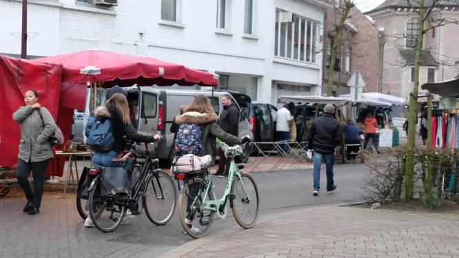 Extra parkeerplaatsen voor mensen met handicap tijdens wekelijkse dinsdagmarkt in Duffel