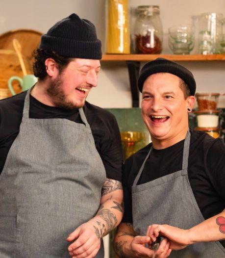 Job en Perry maken kookboek zónder gelikte foto's: 'Anders zakt de moed je toch in de schoenen?'