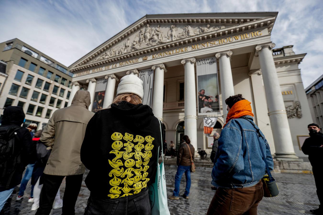 Au vu de la situation de crise dans laquelle se trouve le secteur culturel, plusieurs centres culturels, cinémas, théâtres et lieux associatifs s'apprêtent à rouvrir leurs portes au public entre le vendredi 30 avril et le samedi 8 mai.