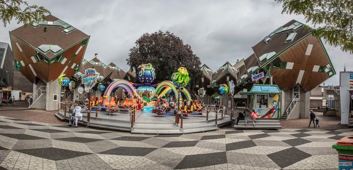 Op het Piet Blomplein viel de aanloop tegen; door de bolling in het plein vielen er gaten.