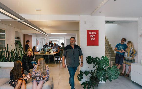 De werknemers bij het Herentalse bedrijf zullen in de toekomst steeds vaker van thuis uit kunnen werken