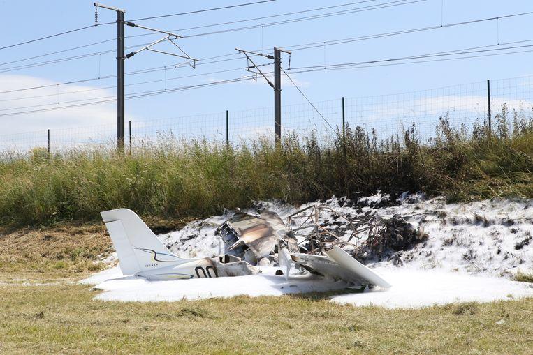 LANDEN-van het ULM vliegtuig bleef niet veel meer over