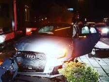 Met 260 per uur op de vlucht vanuit Prinsenbeek: Audi crasht in Reeuwijk