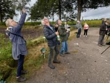Veldhovense vogelaars zien van alles vliegen op internationale trekvogelteldag