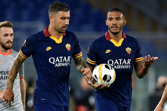 Aleksandar Kolarov et Juan Jesus;