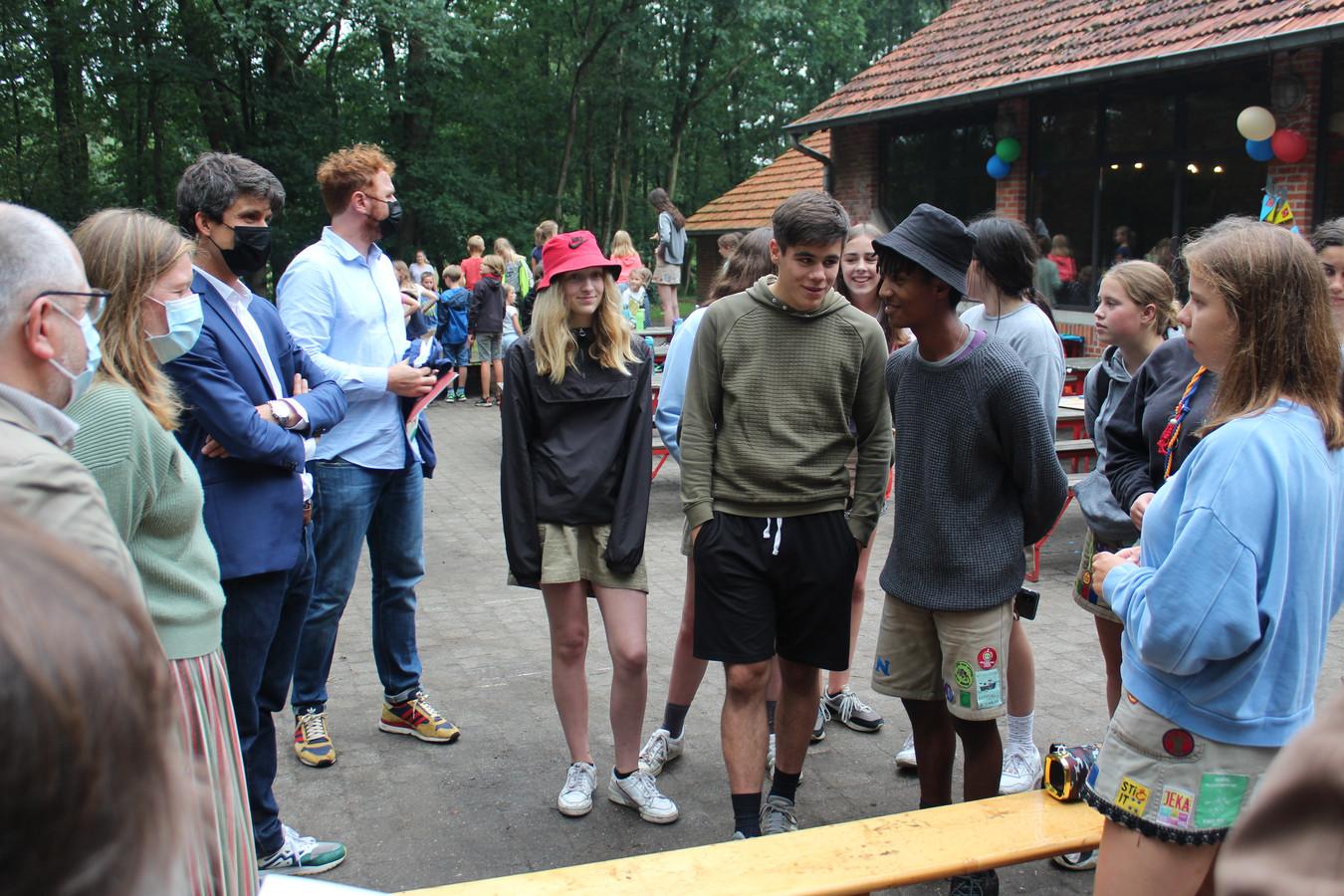 Bennjamin Dalle bracht een bezoek aan het domein Sint-Jansburg in Malle.