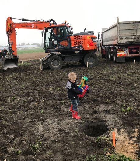 Droom komt uit voor Tijmen Henssen (10) en Luuk Vlems (12) bij start bouw ecodorp in Boekel