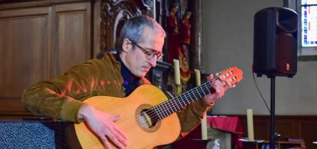 """Pas de poursuite contre Quentin Dujardin après son concert illégal: """"Une petite victoire"""", selon le guitariste"""
