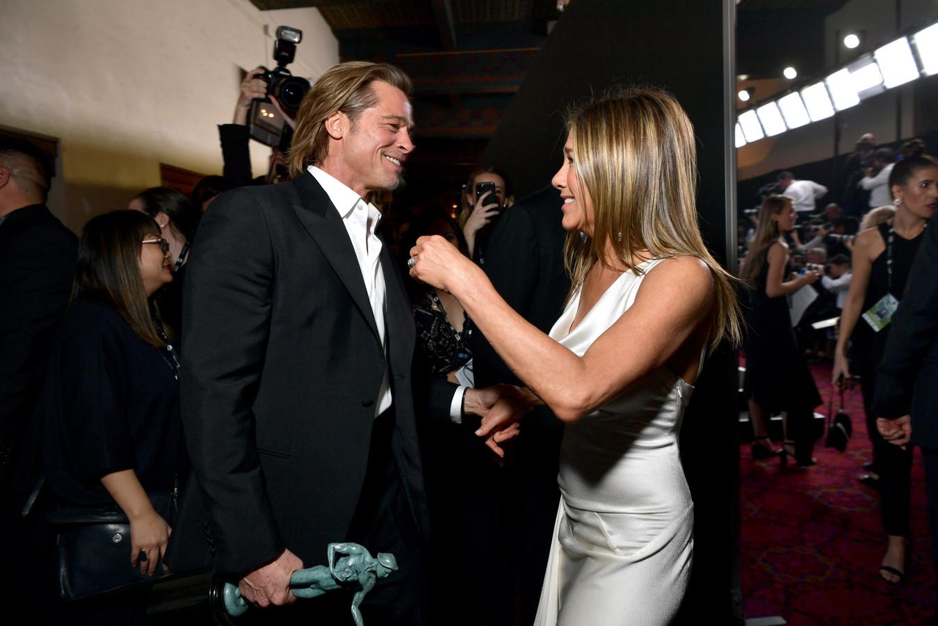 Brad Pitt en Jennifer Aniston bij de SAG Awards.