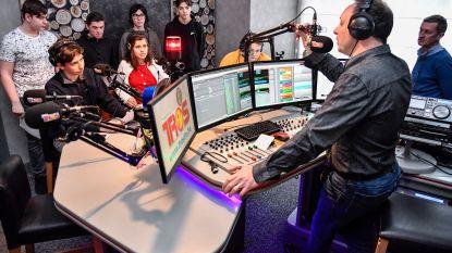 Jongeren Oscar Romerocollege maken zelf radio en televisie
