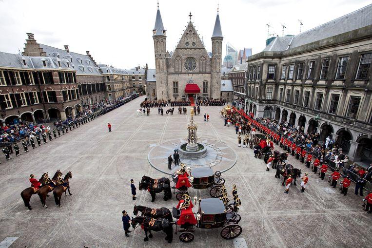 Zicht op het Binnenhof en de Ridderzaal tijdens Prinsjesdag 2011. Beeld EPA