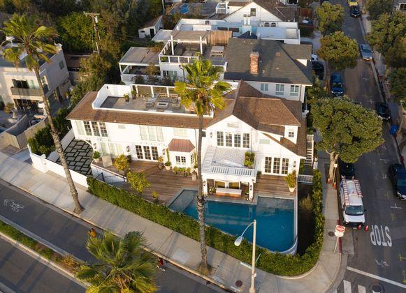 Het huis van Lauren Sanchez en Patrick Whitesell in Santa Monica.