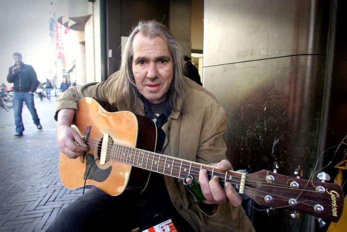 Chuck Deely op 'zijn' plek op de Grote Marktstraat.