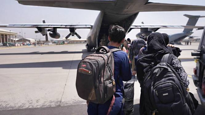CDA-Kamerlid loodste via WhatsApp mensen naar vliegveld Kaboel: 'Het was zo intens'