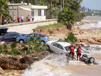 Noordoosten van Spanje getroffen door zware regenval, twee vrouwen sterven tijdens nachtelijke zwempartij