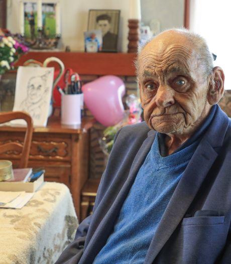 Piet de Hullu (100) woont al een eeuw in Scherpbier