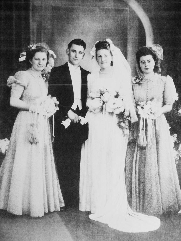 Maria Vandenbussche huwde met Lucien Deurinck.