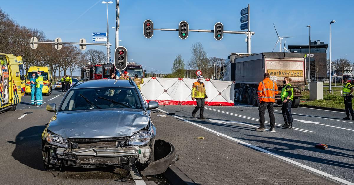 Ernstig ongeval op Burgemeester Letschertweg in Tilburg.