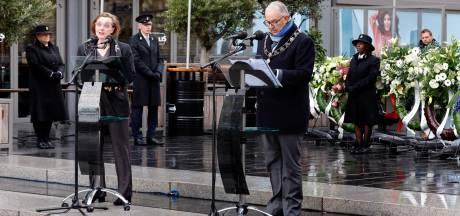Stadsdichter en burgemeester gedenken om en om