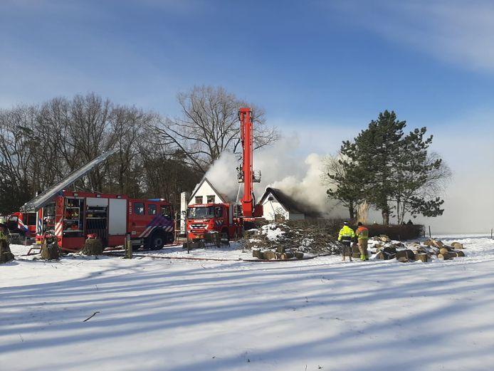 De boerderijwoning brandde op 14 februari van dit jaar finaal uit.
