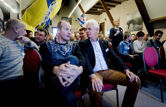 Henk Angenent (midden).