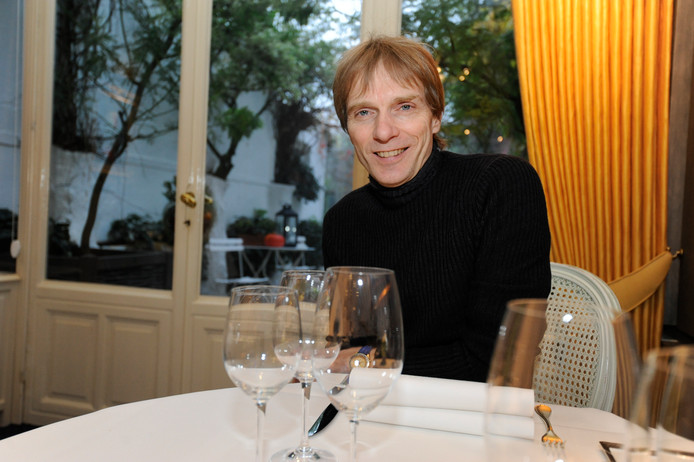 Jan Van den Bon in zijn restaurant.