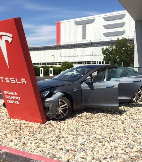 'Schade aan elektrische auto of hybride veel duurder dan bij benzine- of dieselauto'