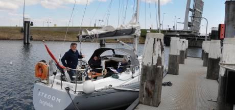 Varen door de Bruse sluizen vraagt planning: al vijf maanden beperkingen door kapotte brug