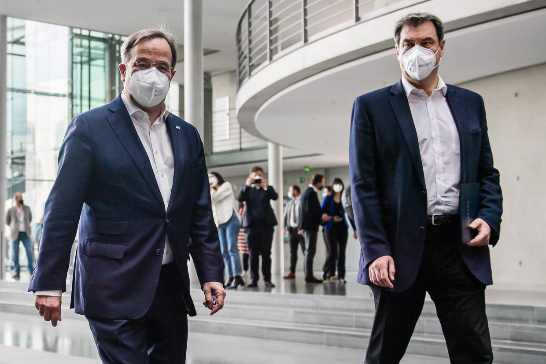 Armin Laschet (links) en Markus Söder. Beeld EPA