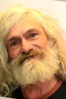 Zwerver blijkt ware 'George Clooney' na opknapbeurt